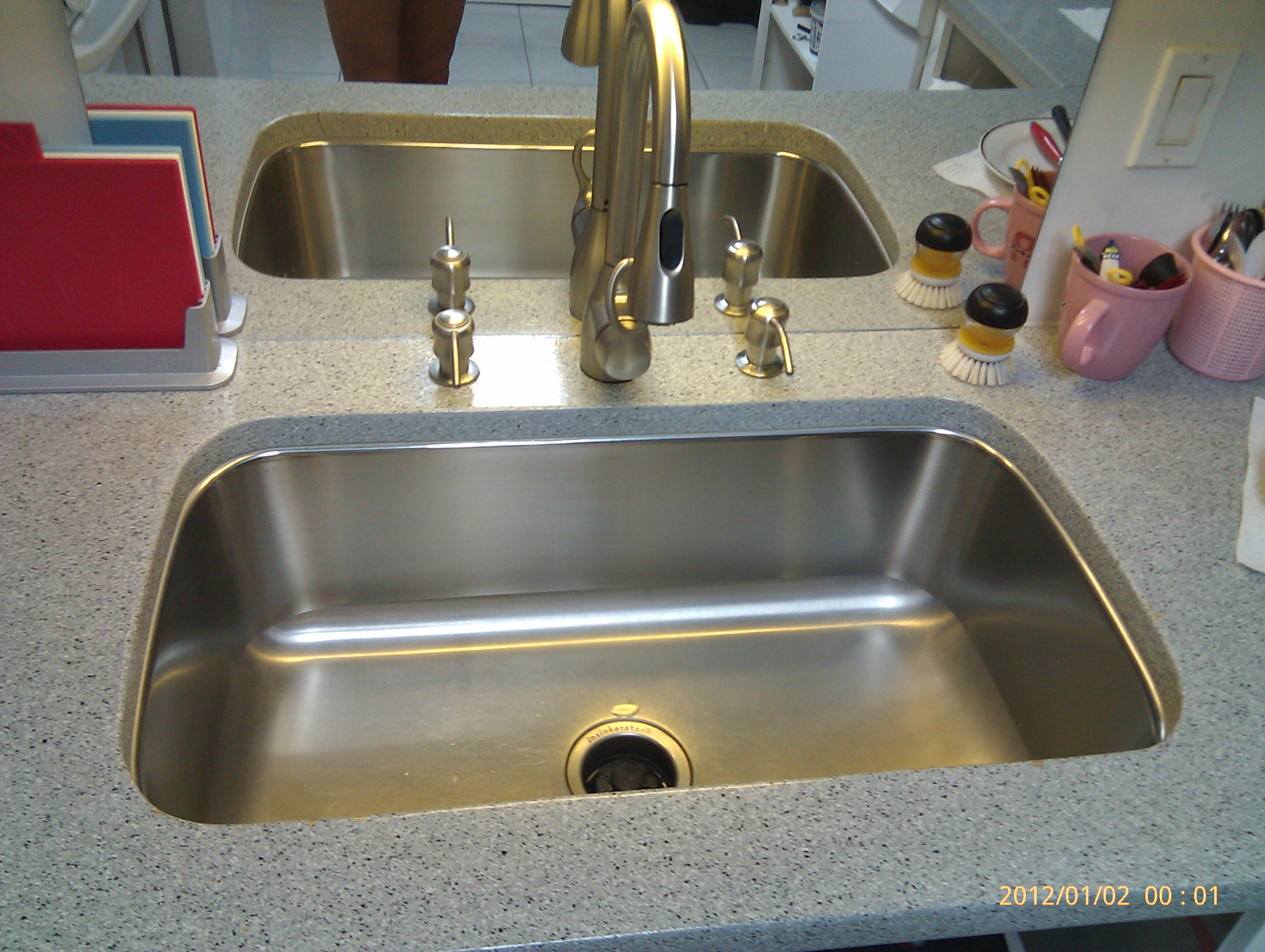 kitchen sink installation hawaii abc handyman hawaii need excellent kitchen sink installation in honolulu hawaii call abc handyman hawaii for same day quality service with aloha 2 replacing a kitchen sink Image Image